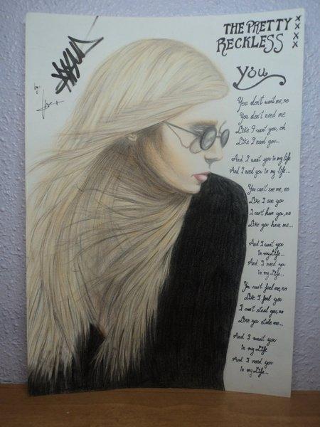 Taylor Momsen by LucyRedfield